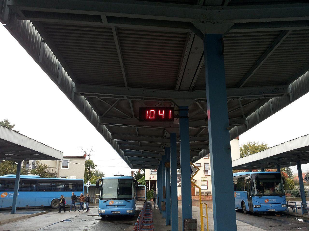 6382bc276 Hodiny na zastávke, , Handlová   Odkazprestarostu.sk