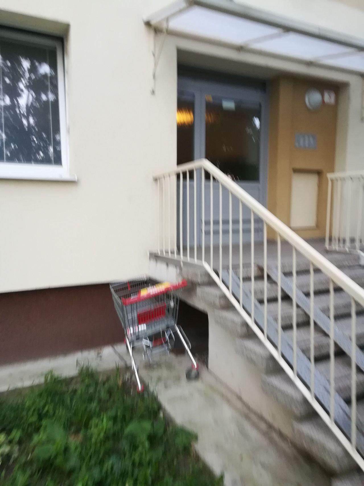 8776175e0 Ukradnutý nákupný vozik z Billy, Západ, Trnava   Odkazprestarostu.sk